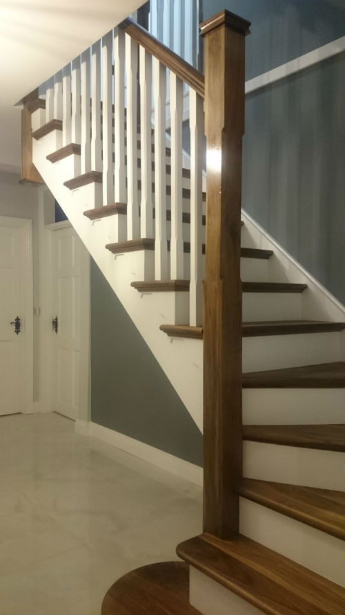 staircase decorating and painting work by bp decorators and painters
