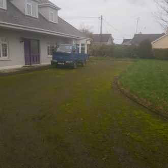 Drive way before power-washing work by bp painters and decorators