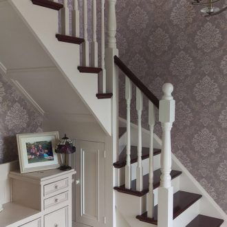 painting and decorating stairs by BP-decorators