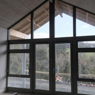 glass window by bp-decorators